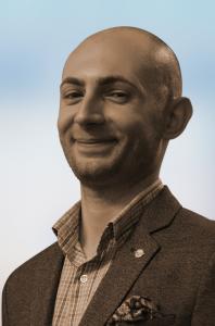 Sebastian Radu. Content writer, jurnalist și consultant în online și PR | Interviuri, articole și știri despre oameni, lucruri, întâmplări și locuri din jurul tău.