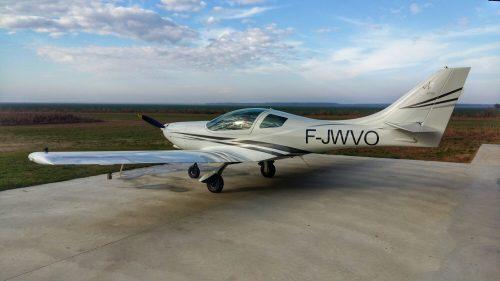 avion ultrausor aerodrom luica