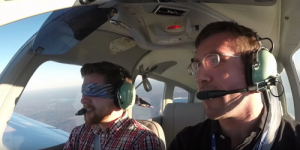 Poți pilota un avion și ateriza în siguranță dacă ai zero experiență