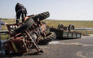 Cam cât de periculos ar putea fi un tractor condus fără permis pe drumurile publice?